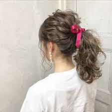 セミロングさん向け雰囲気チェンジは簡単なまとめ髪できまり Arine