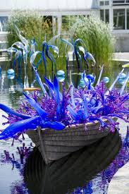 chihuly s blue and purple boat was created for the 2006 exhibition at new york