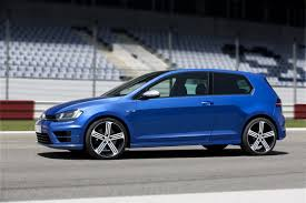Volkswagen Golf R Mk7 now in Malaysia with 290hp, price from ...