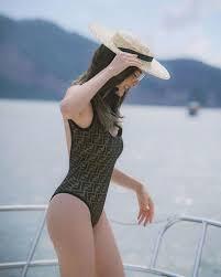 ดิว อริสรา ใส่ชุดว่ายน้ำสุด sexy อวดหุ่นสุดแซ่บ | The Thaiger ข่าวไทย