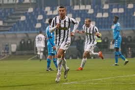 Juventus fc vs ssc napolipredictions & head to head. Juventus Edge Napoli To Triumph In Supercoppa Italiana Forza Italian Football