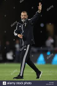 Wolverhampton Wanderers manager Nuno Espirito Santo thanks the fans after  draw against Manchester United, during the Premier League match at  Molineux, Wolverhampton Stock Photo - Alamy