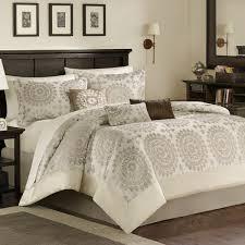bedding for black furniture. simple for 25 best dark furniture bedroom ideas on pinterest  furniture black  spare and blue bedrooms in bedding for furniture e