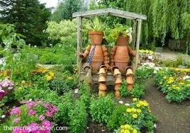 Designs For A Small Garden Simple Inspiration Ideas