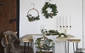 home visit enjoy crafts together with friends