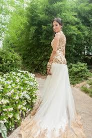 garrett frandsen indian wedding atlanta georgia grand hyatt buckhead bride beauty portrait mendhi mehndi groom image boutique by surinder bedi dress