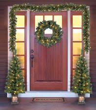 A Front Door Pine Look Christmas Garland Wreath Trees Set Pre Lit Porch Entry  Way