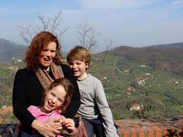 how a single mom is traveling the world with her twins on 76 a day