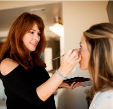 photo of makeup artist certification programs throughout the usa