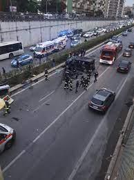 Incidente in viale Regione Siciliana a Palermo, auto si ribalta: morta una  ragazza di 21 anni - Video - Giornale di Sicilia