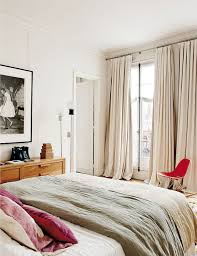 Cozy Bedroom In White With A Touch Of Pink