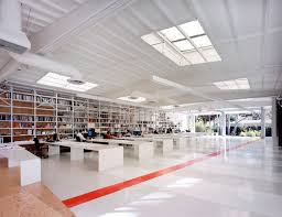 lehrer architects office design. Lehrer Architects LA / Architects, © Benny Chan/Fotoworks Office Design