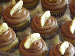 Banana Mini Cupcakes With Banana Chocolate Buttercream From The
