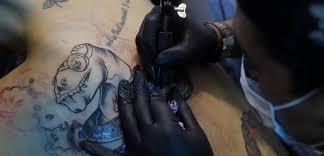 Tetování Z Lásky Jména Raději Nedělám říká Tatér Týdencz