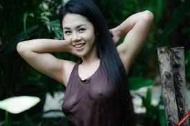 Image result for cô gái yếm thắm sex
