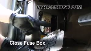 2003 Kia Sedona EX 3.5L V6%2FFuse Interior Part 2 interior fuse box location 2002 2005 kia sedona 2003 kia sedona on where is the fuse box on a 2003 kia sedona