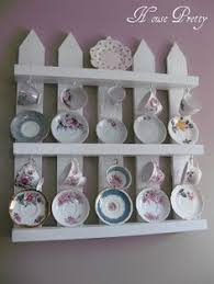 Tea Cup Display Stand 100 Great Pallet Home Decor Projects China display Tea cup 25