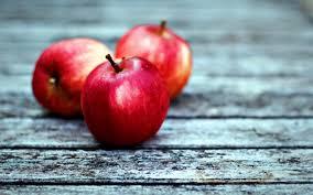 75+] Red Apple Wallpaper on WallpaperSafari