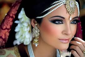 a bride wants to look the best at her wedding to fulfill her dream amazing makeup artists are required who are capable of making the bride look