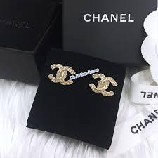 ต่างหู แท้100 Chanel ต่างหู มือ1❌งดต่อราคา❌ ต่างหู มือ1❌งดต่อราคา❌ Chanel แท้100 Chanel