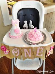 lucy s 1st birthday refashionably late 1st birthday minnie mouse high chair decorating kit 2pc
