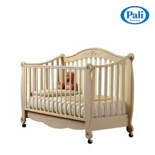 luxury antique look wooden baby nursery cot rigo by pali italian design