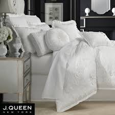 Queen bedroom comforter sets Robins Egg Blue Luxury White Comforter Sets In Thrifty And Chic Diy Projects Home Decor Queen Bedroom Design 15 Tahrirdatainfo Luxury White Comforter Sets In Thrifty And Chic Diy Projects Home
