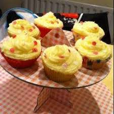 Vanilla Cupcakes With Buttercream Icing Recipe All Recipes Uk