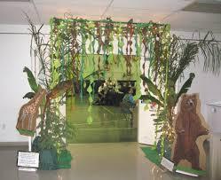 Jungle Theme Decorations Jungle Decor Im Not Sure Well Ever Have This Theme But Im In