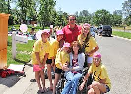 All for Mom: Kids, community supports EDH woman