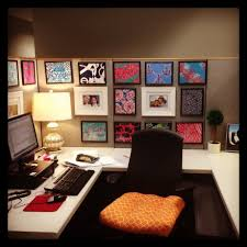 Unique Cubicle Office Decorating Ideas With Dollar Tree Frames With White  Square Table and Black Chairs