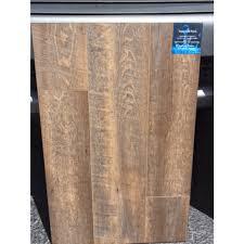 aqua lok plus vinyl plank cascade vinyl plank 7mm 7 11 16x69 5 16 45 11 16 23 5 8