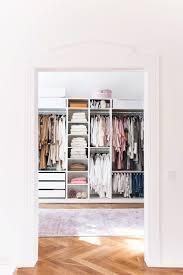 fashiion carpet ikea pax walk in closet