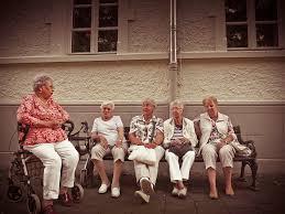 """Résultat de recherche d'images pour """"vieux retraités"""""""