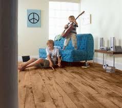 Der ist prima, kann ich nur empfehlen. Kinderzimmer Passender Bodenbelag Pflegeleichter Vinyl Boden Holz Optik Vinyl Bodenbelag Verlegen Vinyl Bodenbelag Vinylboden