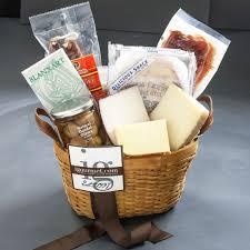 the gourmet market spanish fiesta clic gift basket