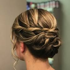 30 prettiest prom updos for long hair