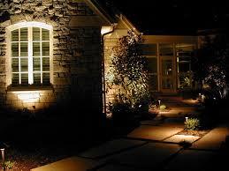 image of low voltage landscape lights kits