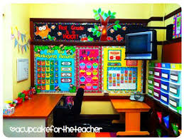 Classroom Design Ideas this lady has tons of great ideas for her 1st grade classroom look at this