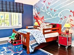 Attractive Blue Airplane Themed Boyu0027s Bedroom