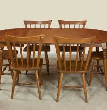 Maple Kitchen Table And Chairs Vintage Maple Dining Room Table And Chairs Ebth