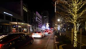 file cleveland playhouse square chandelier 13917608488 jpg