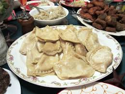 2 12 traditional dishes according to tradition, the family sit down to the table after the first star appeared. Traditional Polish Christmas Eve Dinner Page 1 Line 17qq Com
