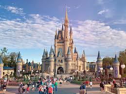 huge crowds are expected to flood walt disney world the minute star wars galaxy s edge opens on august 29 2019 in the meantime this summer looks to be