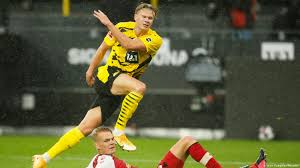 He's a top player, and i hear a great boy too. Bundesliga Erling Haaland Forces The Issue As Borussia Dortmund Bounce Back Sports German Football And Major International Sports News Dw 03 10 2020