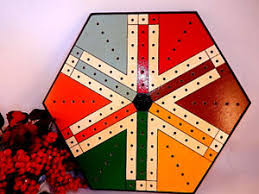 Wooden Peg Games Game Board Parcheesi Aggravation Wahoo India Golf Tee Peg Game VTG 98