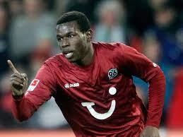 Möglicher Wechsel von Mame Diouf zurück zu Hannover 96