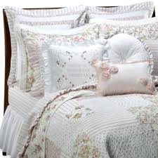 Bed Quilts And Coverlets – boltonphoenixtheatre.com & ... Modern Bed Quilts And Coverlets Bed Bath And Beyond Quilts And Coverlets  Buying Guide To Quilts Twin ... Adamdwight.com