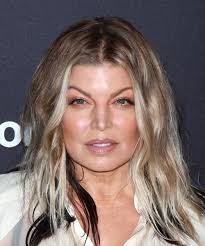 21 Fergie Hairstyles, Hair Cuts and Colors
