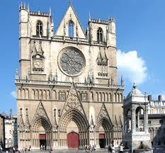 Resultado de imagen de el arzobispo de Lyon